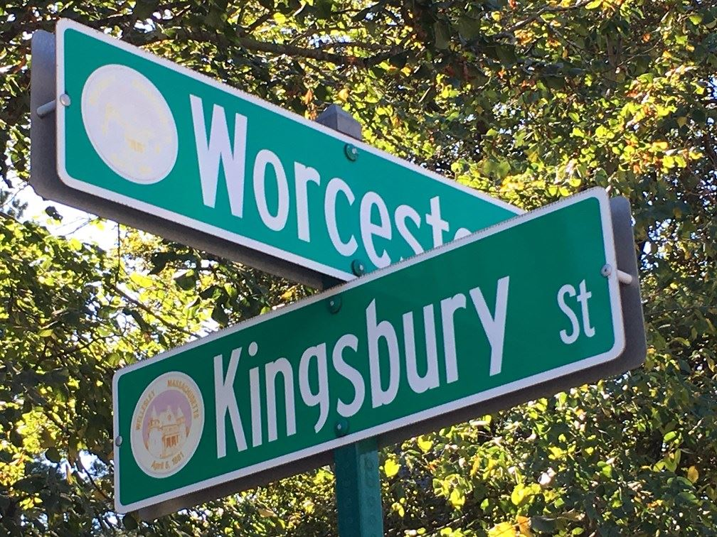 Route 9 at Kingsbury Sign